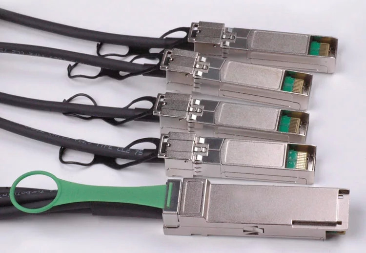 3m(9.84ft) Cisco QSFP-4SFP25-CU3M Compatible 100G QSFP28 to 4x25G SFP28 Passive Direct Attach Copper Twinax Cable 30AWG
